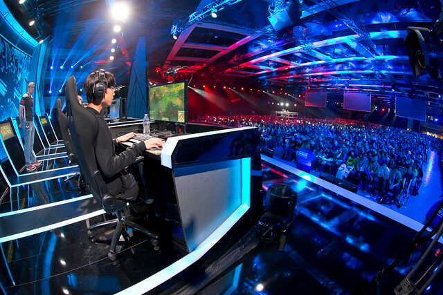 esports games: league of legends